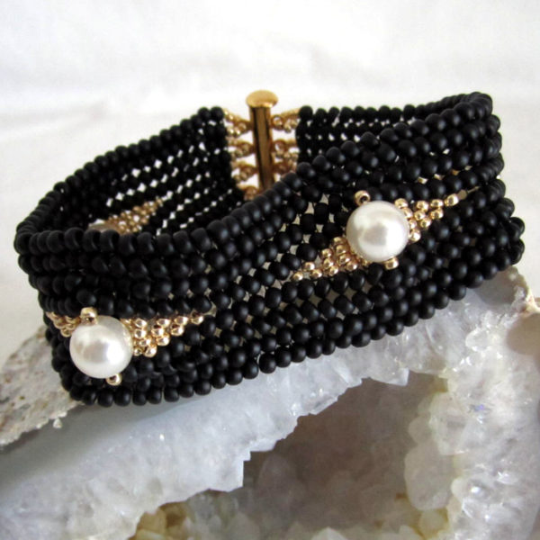 Simply Sophisticated - Black