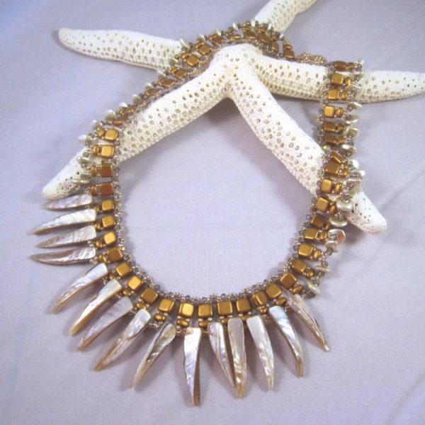 MOP Spike Collar